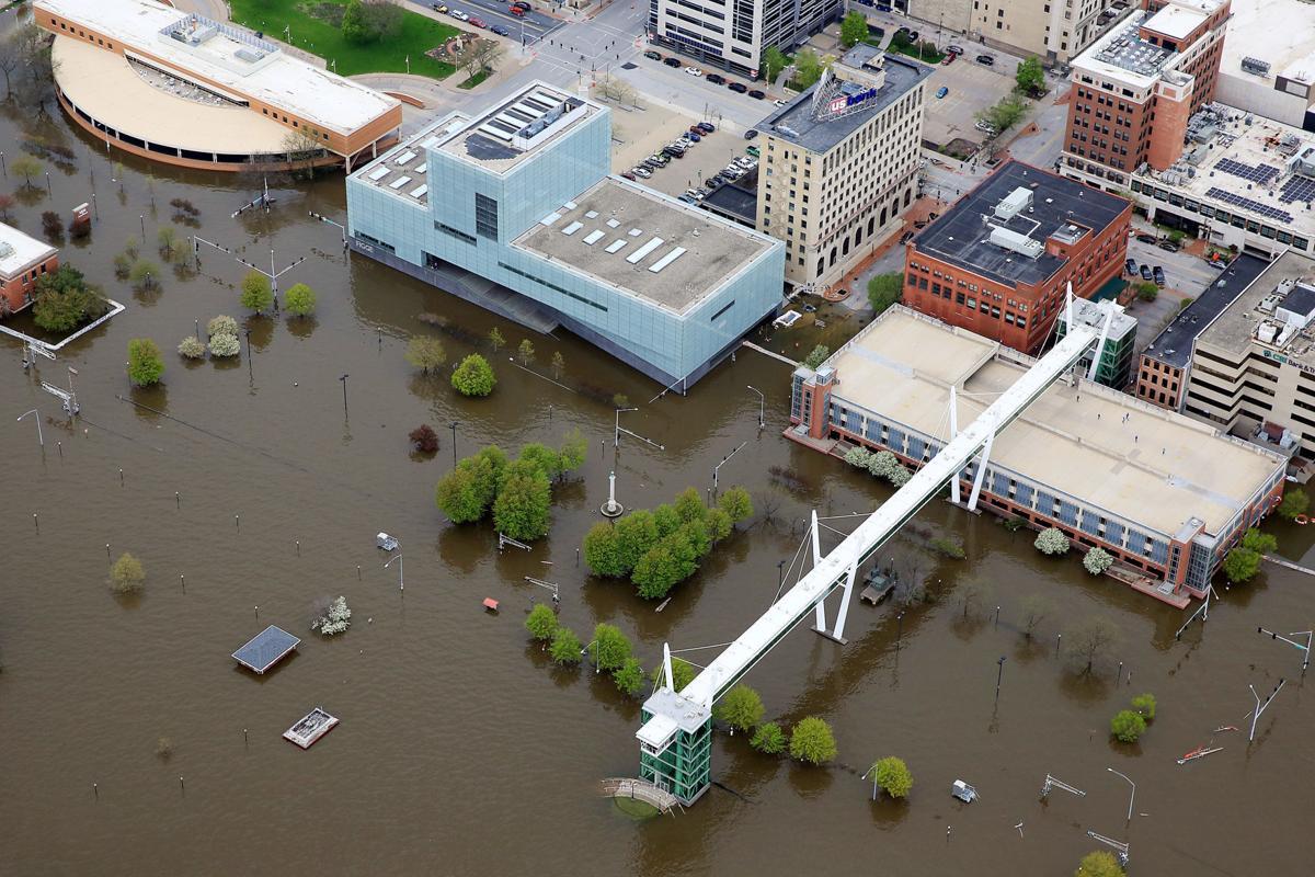 Davenport flooding aerial