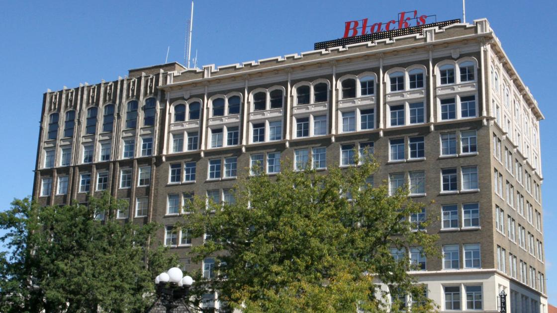 Homeowners File for Bankruptcy to Protect Historic Black's Building from Sheriff's Sale    Crime and courts