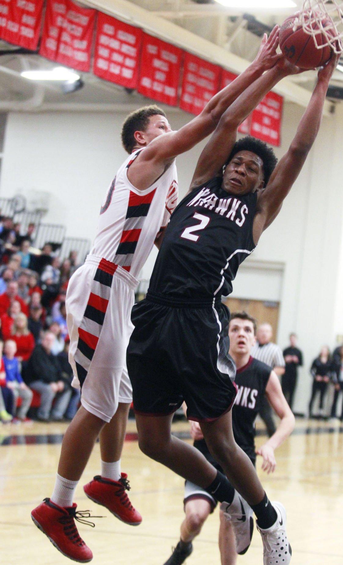 Prep boys' basketball: Cedar Falls pulls away from Waterloo
