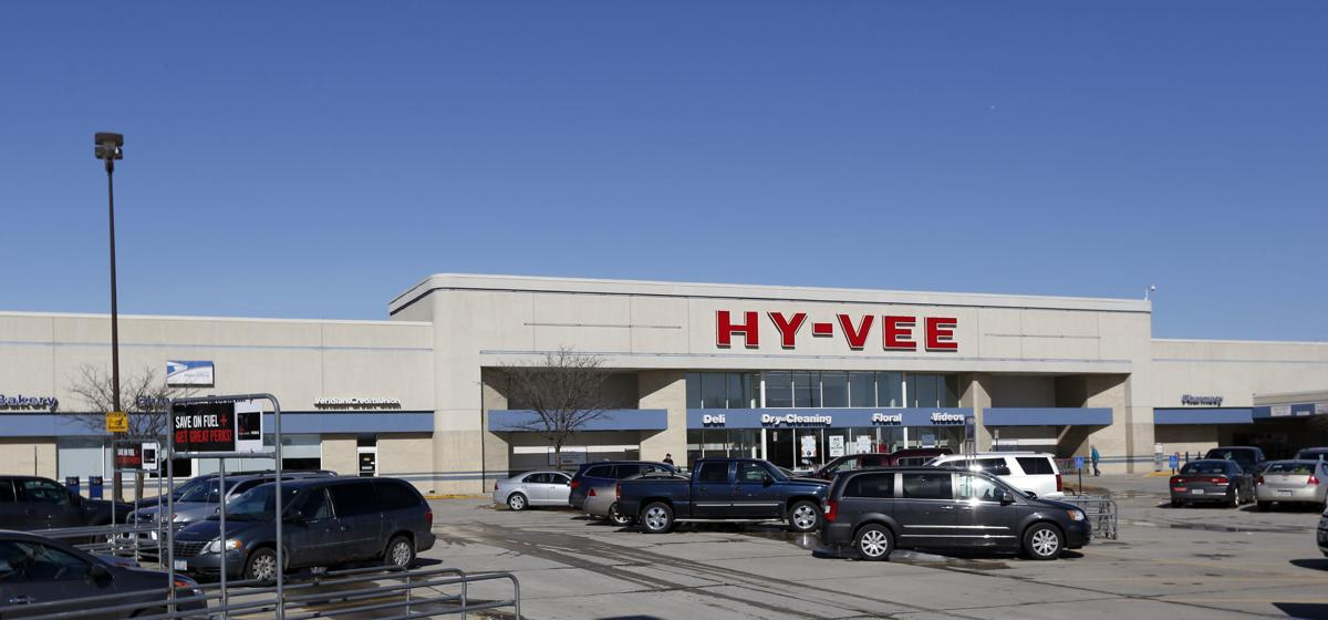 022618mp-University-Avenue-Hy-Vee-2
