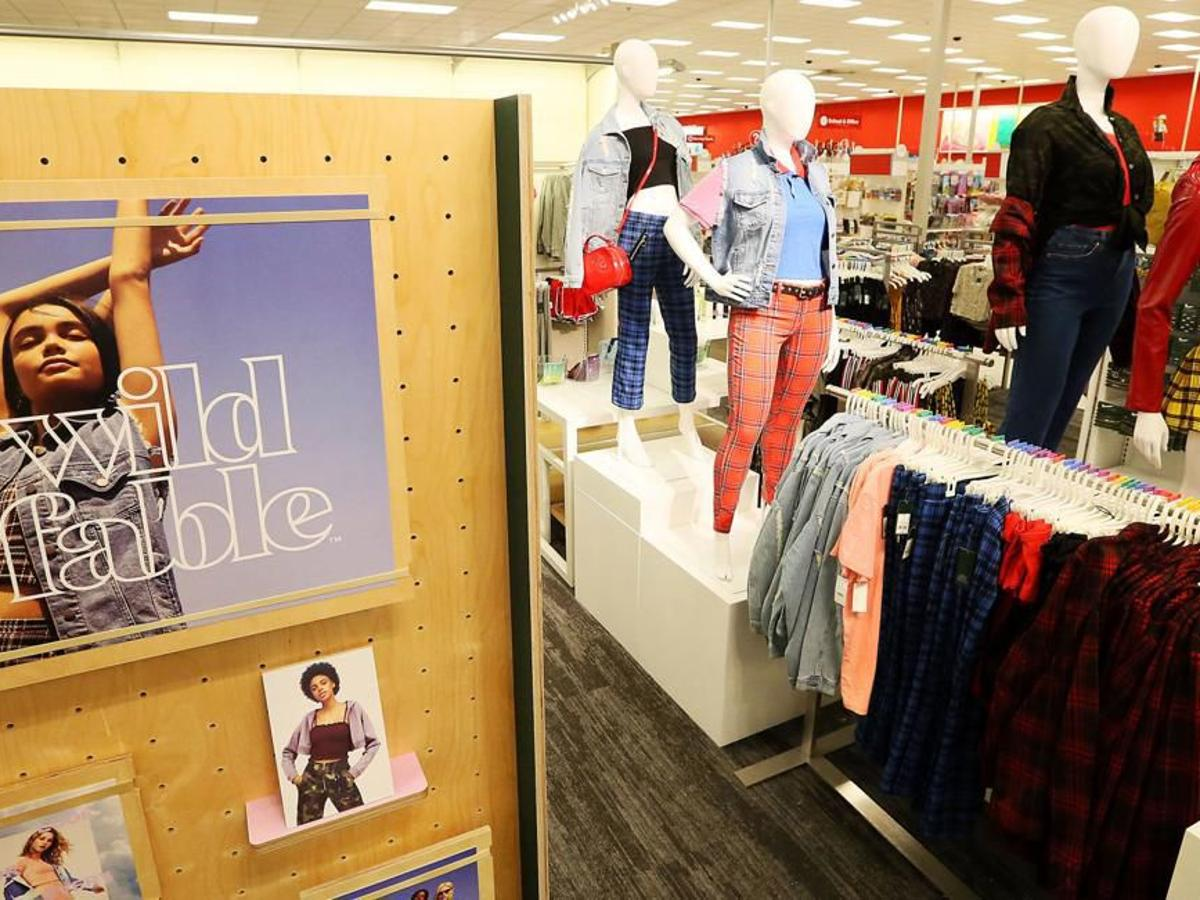 Meet the 23-year-old Bettendorf-born designer behind Target's new clothing  brand   Business - Local News   wcfcourier.com