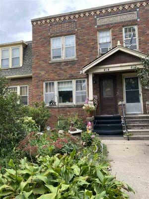2 Bedroom Home in Waterloo - $24,900