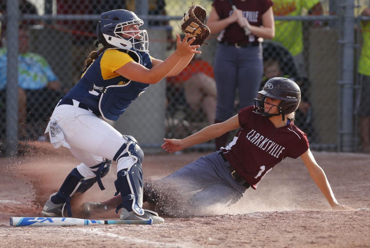 071817-lee-iowa-softball-Clarksville-10