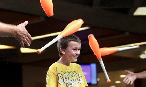 092912rc-uni-juggling1