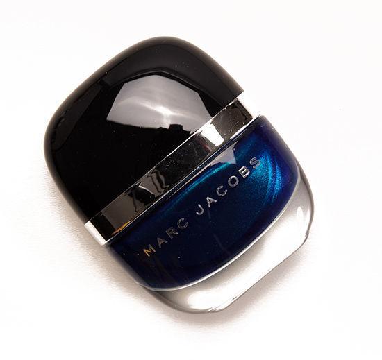 marc-jacobs blue-velvet-nails