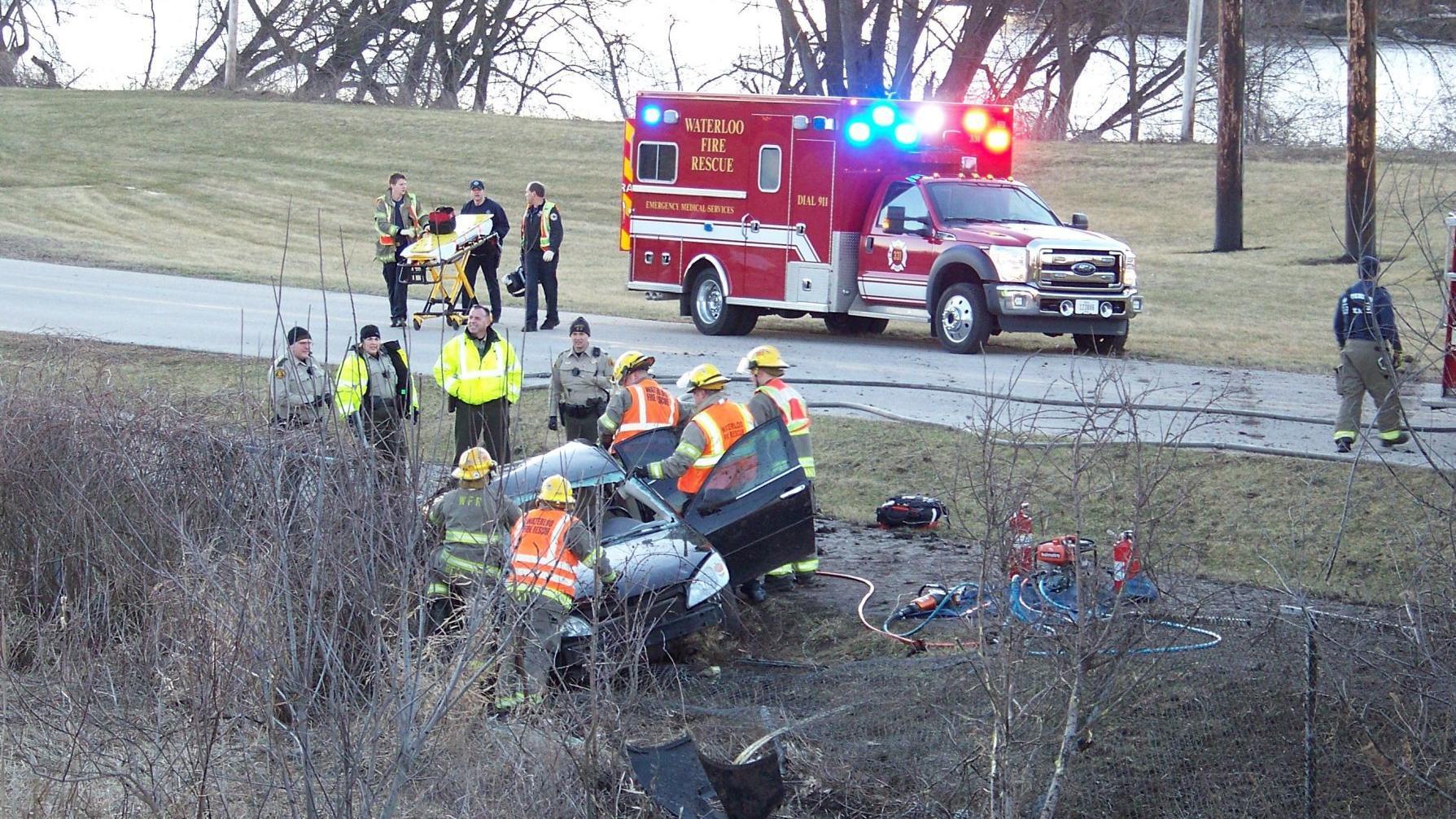 Judge dismisses charges in I-380 crash