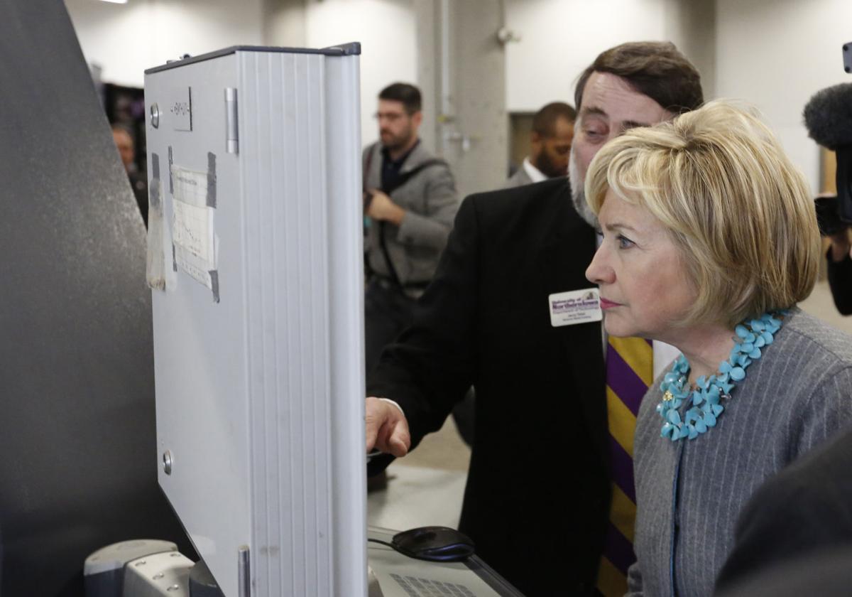 120915mp-Clinton-TechWorks-13