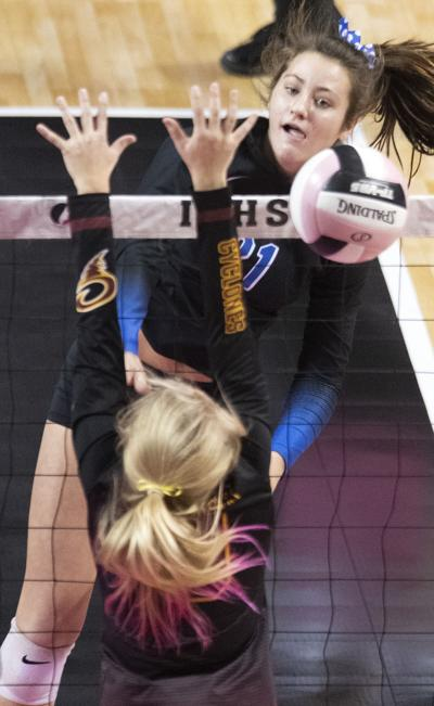 Dike-New Hartford vs Denver state volleyball