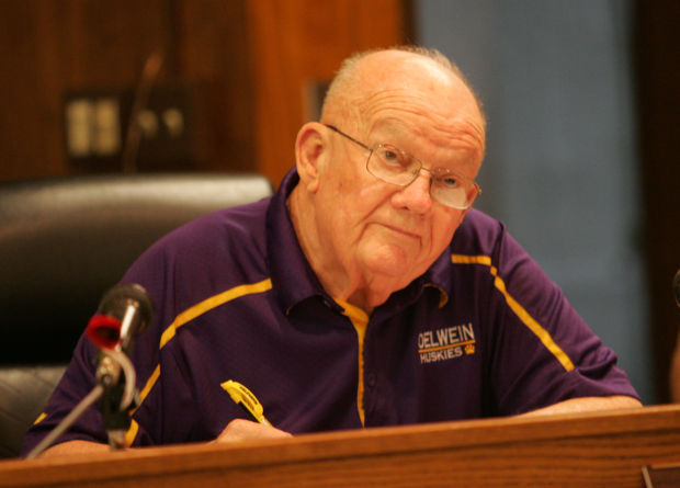 Pollard Used Cars >> Oelwein City Council considers options to replace mayor