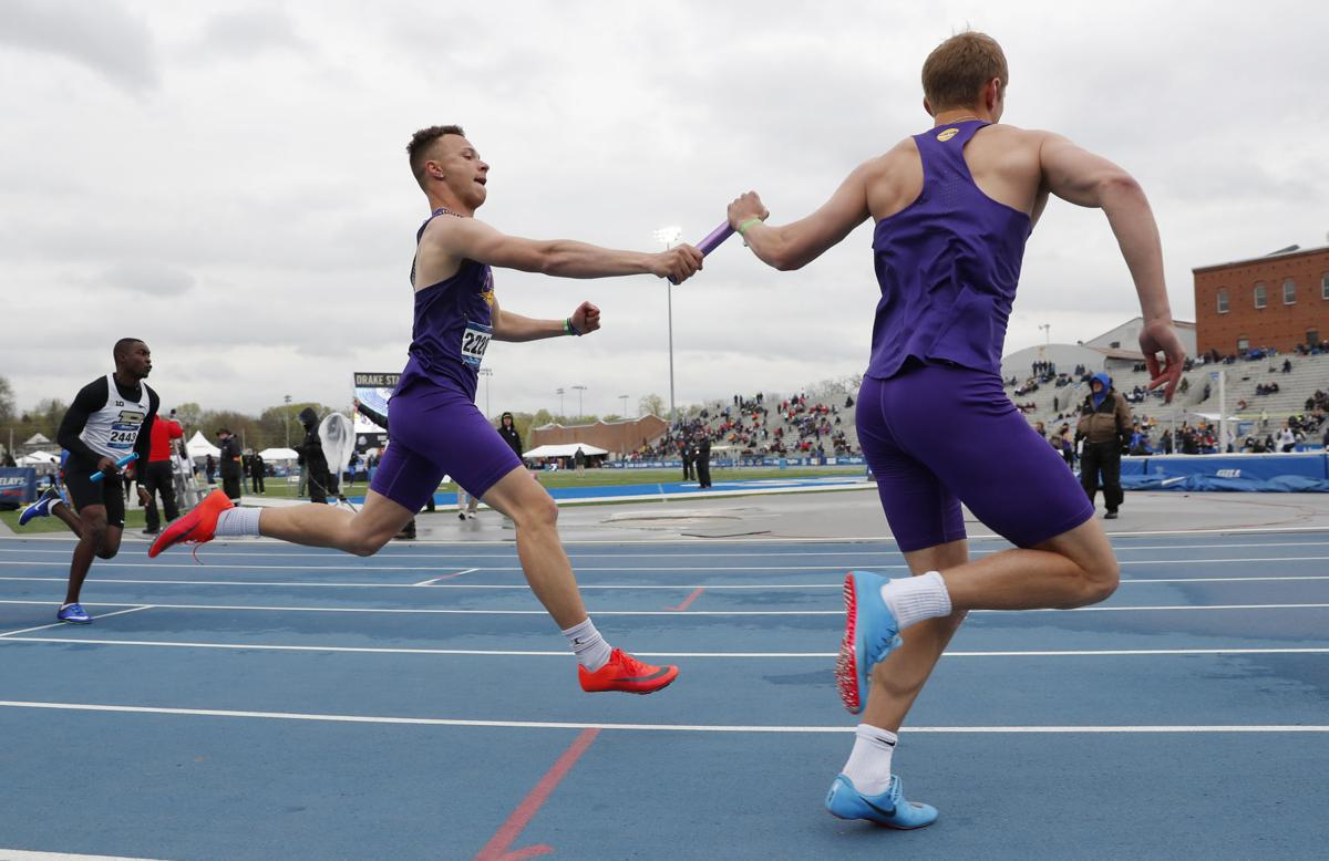 042718mp-DrakeRelays-men-4x200-1