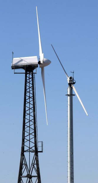 Ill wind: Farmers find problems with wind power generators ...