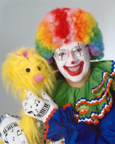 103019ho-bubbles-clown