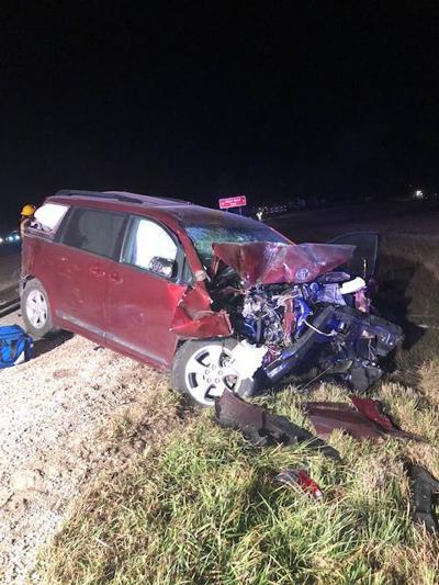 110118ho-van-crash
