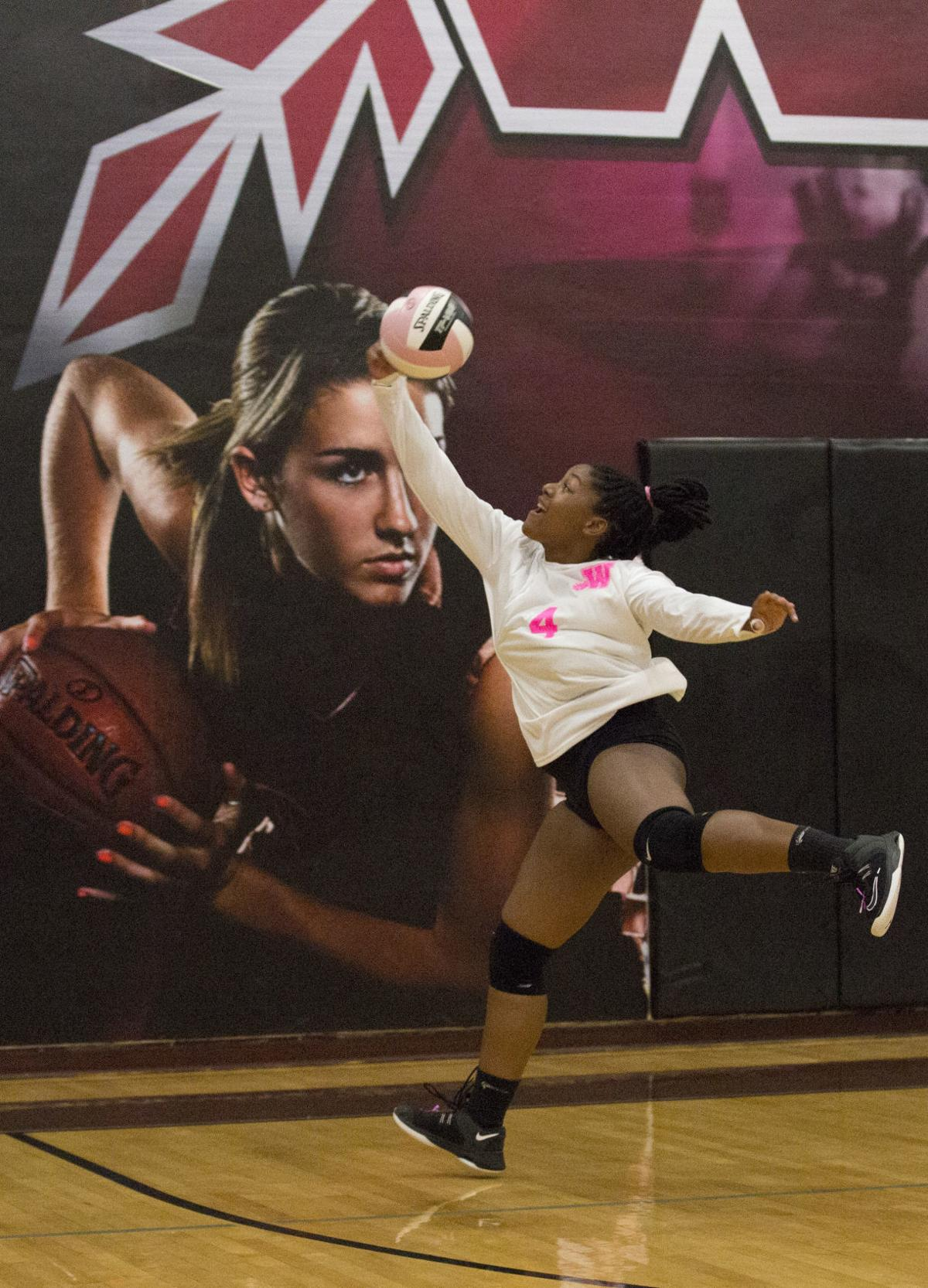 100119kw-west-volleyball-02