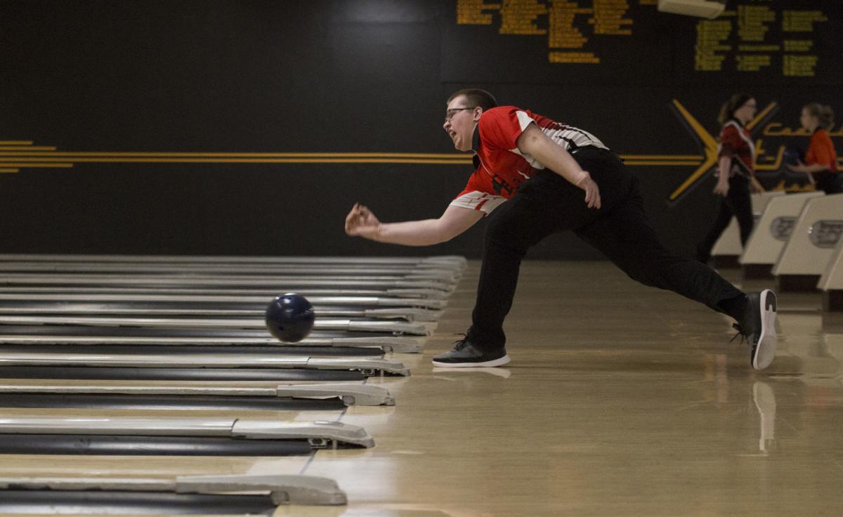 020819kw-cf-waterlooeast-bowling-01