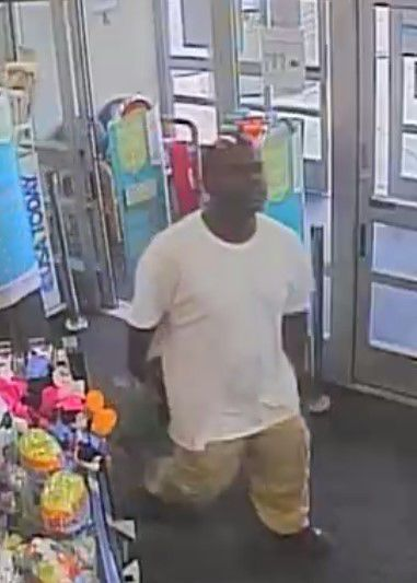 Suspect wanted for retail theft