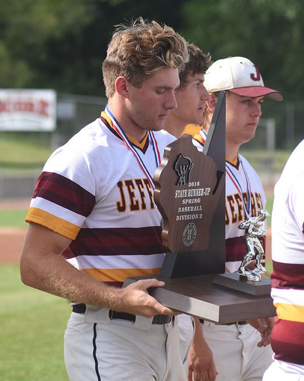 Jefferson's Anfang, Laesch, Hebbe take state finalist trophy