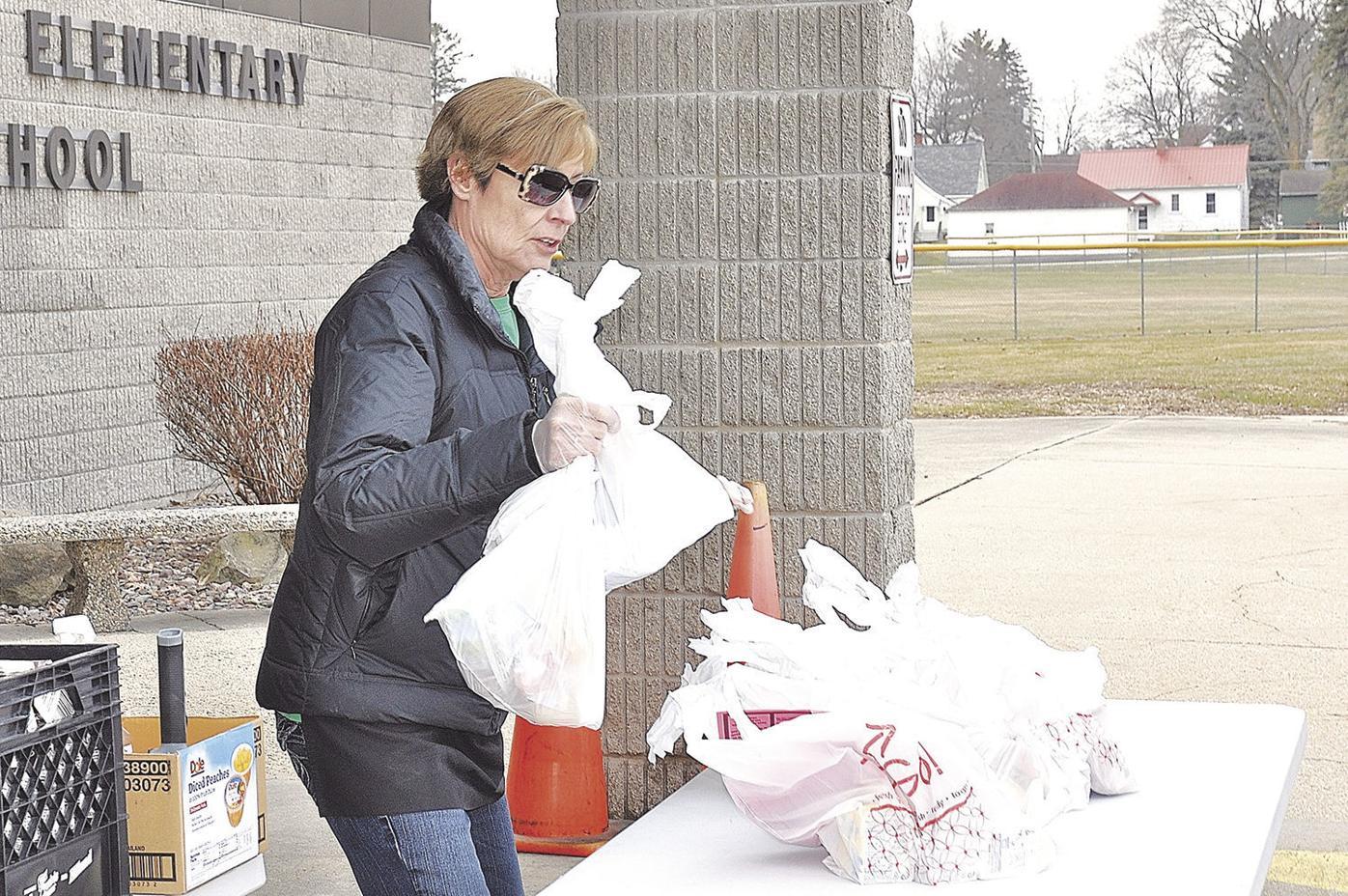 Jefferson schools kick off curbside food distribution
