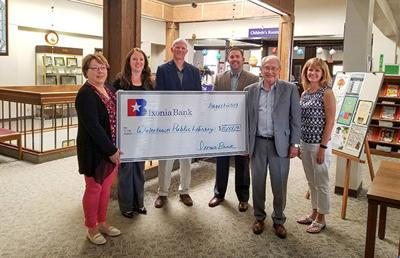 Ixonia Bank donates $10,000 to Watertown library campaign