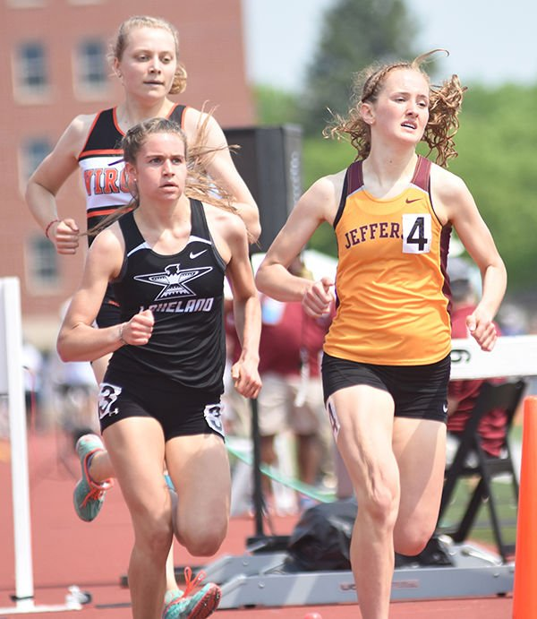 Linse caps career with two state medals