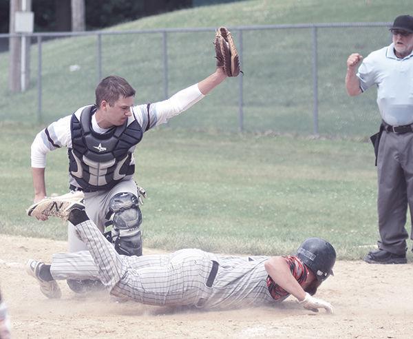 Astros drub Whitetails
