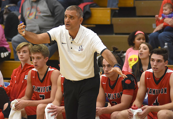Cerroni, Chargers stop at Johnson Creek on way to state