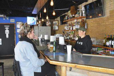 Local restaurant owners give back through donations during virus outbreak