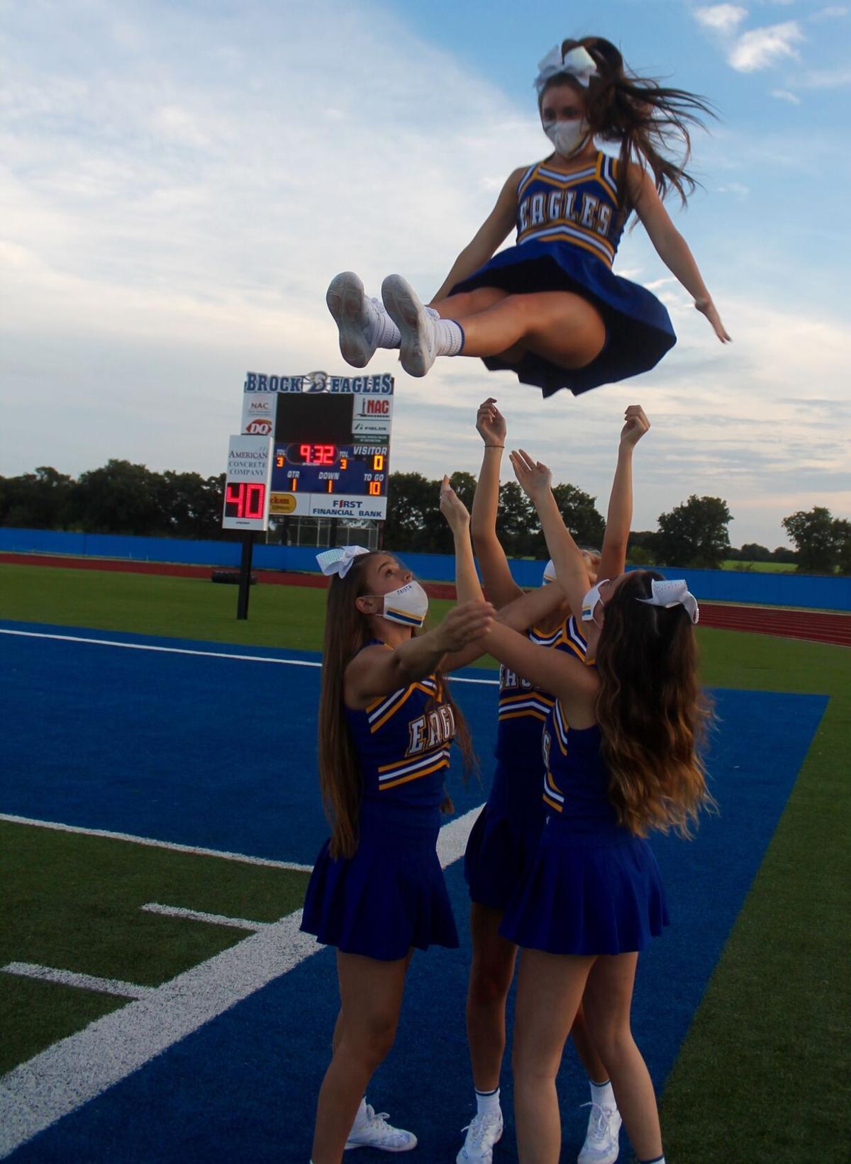 Brock cheerleaders