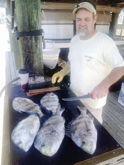 'Fishin' Mortician' takes us gigging for flounder