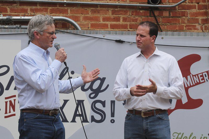 Pfluger holds town hall in Mineral Wells