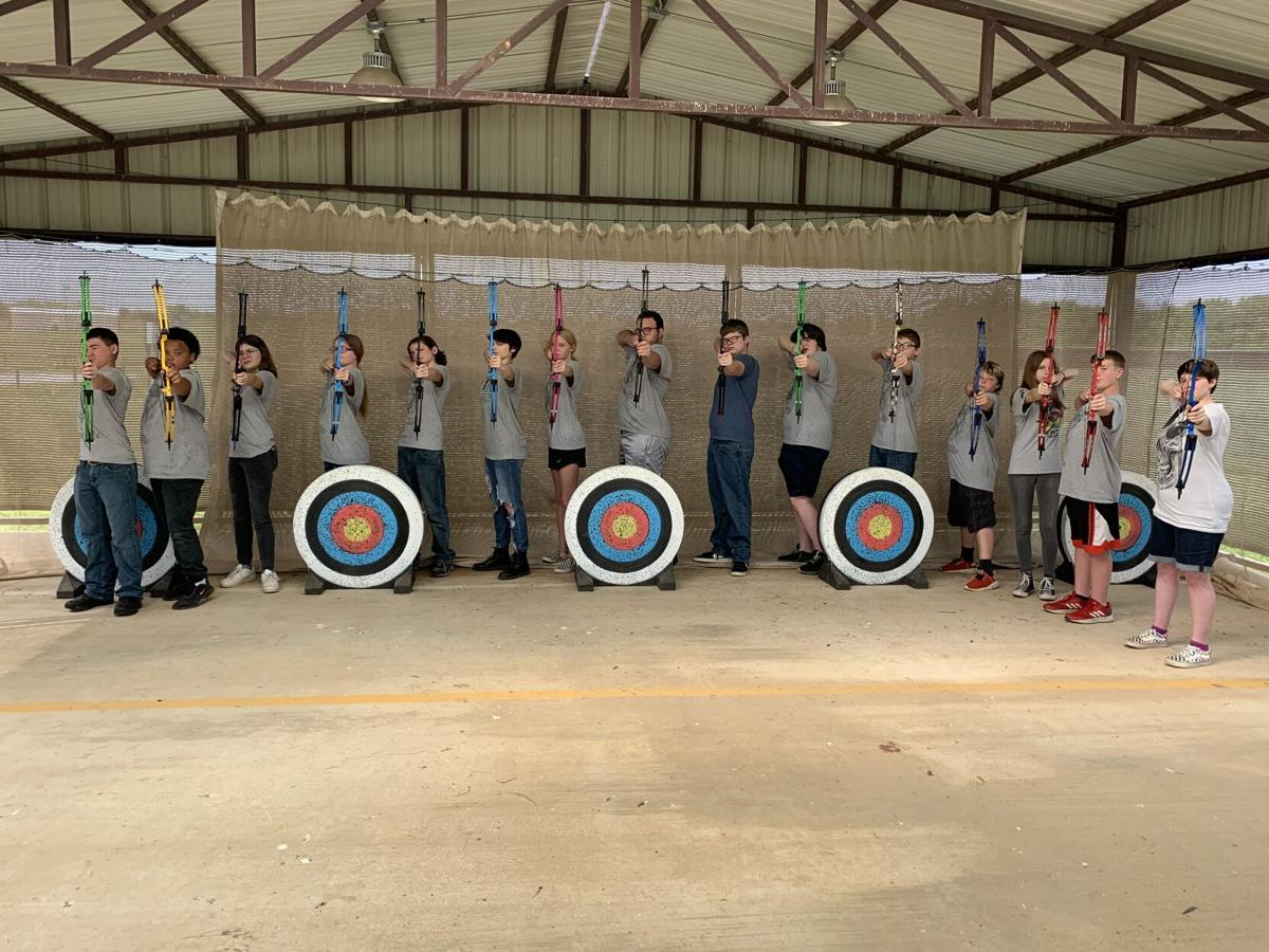 PV archery team