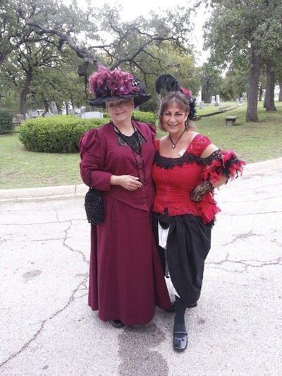 Oakwood Cemetery Tour set for Oct. 30
