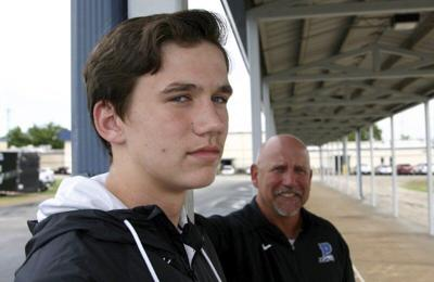New kids in town: A father and son try to invigorate Peaster's debut into 11-man football