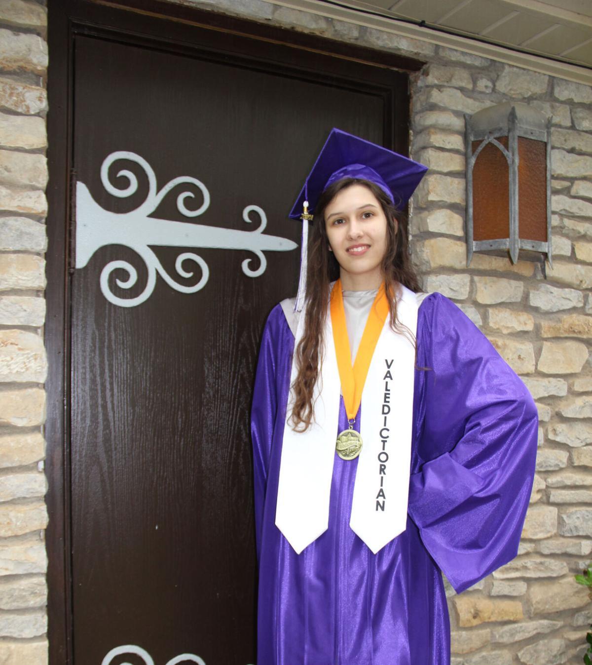 Valedictorian Elizabeth Blevins