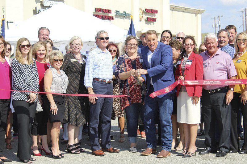 Sen. Fallon officially opens Willow Park office