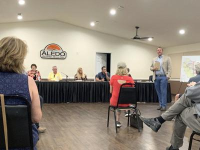 Residents speak out against Aledo Taco Bell
