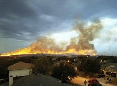 Firefighters contain 137-acre fire in Aledo