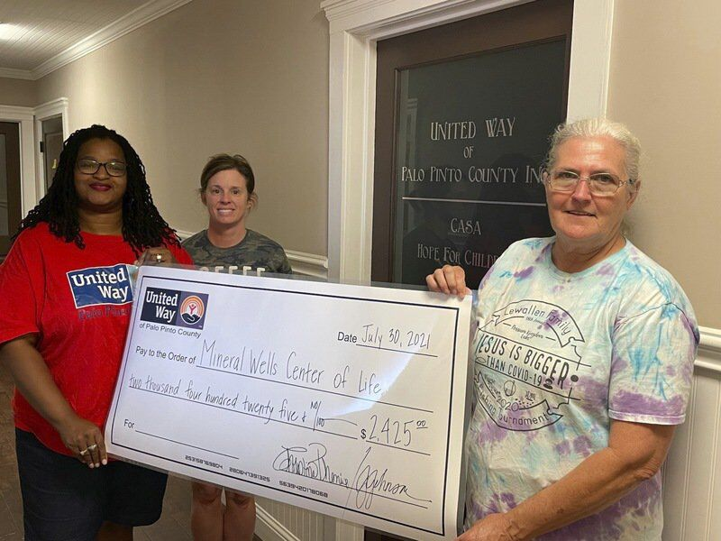 United Way of Palo Pinto County presents $10,000 grant to Salvation Army, MW Center of Life