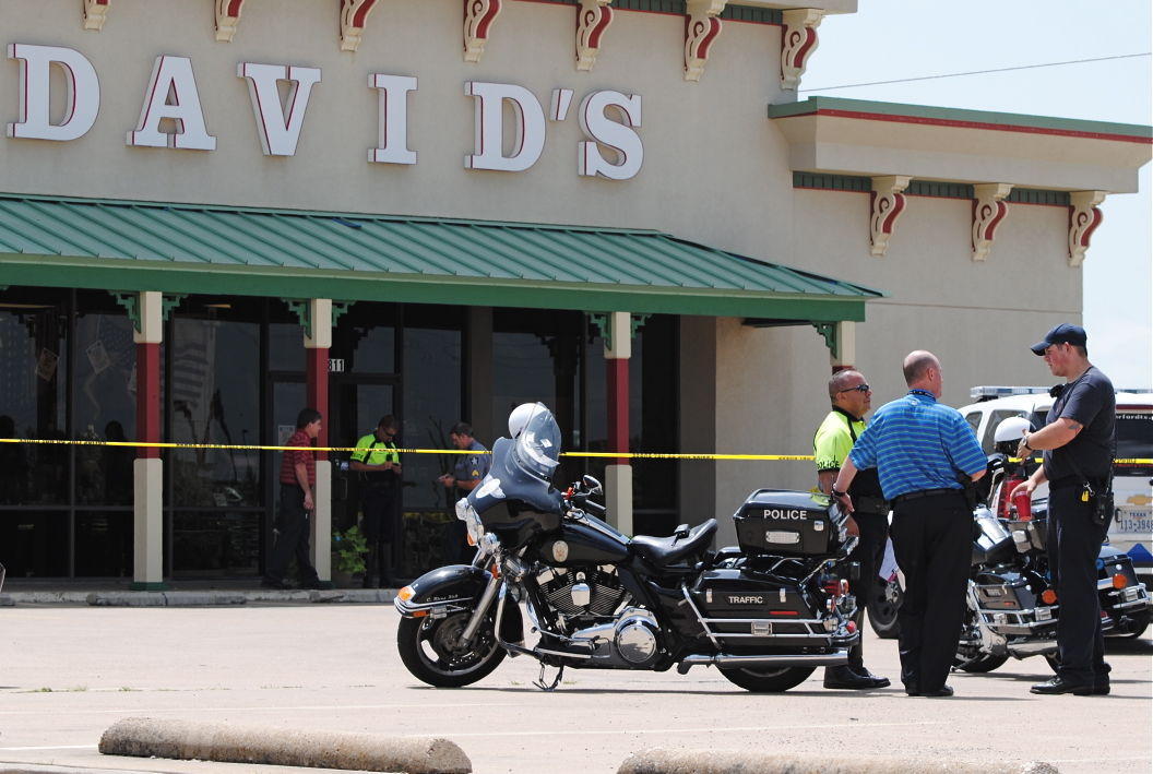 motorcycle shooting d  Police shoot man who pulled knife on paramedics | News ...