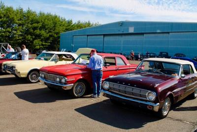 In West Hartford, Kingswood Oxford student organizes car event for Donate Life