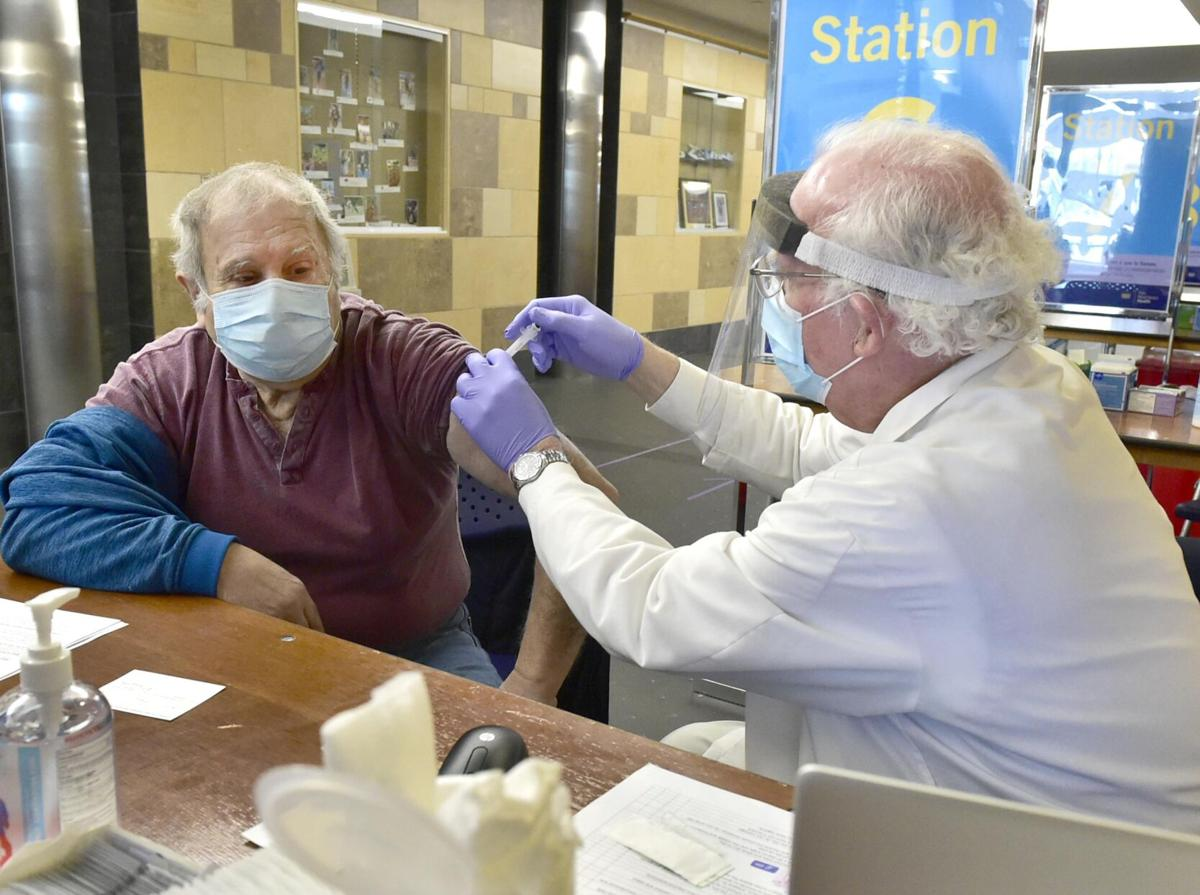 CT residents 65 and older can register for COVID vaccines this week