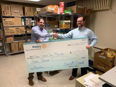 In West Hartford, Fern Street Food Pantry receives $3,000 gift from Rotarians