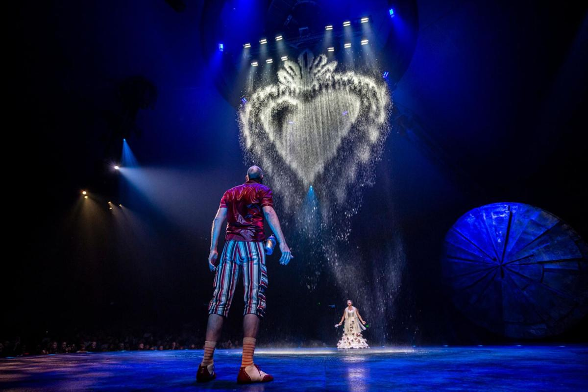 Under the bigtop in Hartford, Cirque's 'Luzia' dazzles with gravity-defying feats