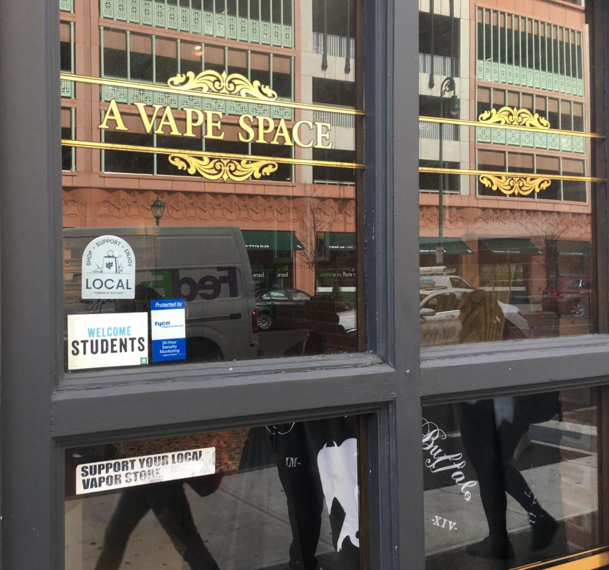 Dan Haar: We're not the problem, vape stores insist