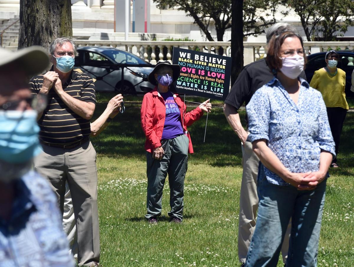 Hospital official: Use of pepper spray at protests 'probably not' wise