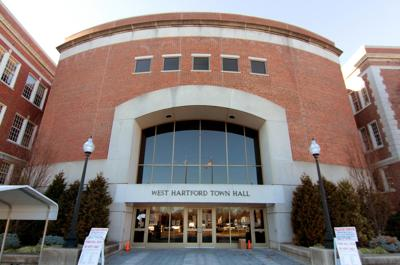Masks required again in all West Hartford public buildings