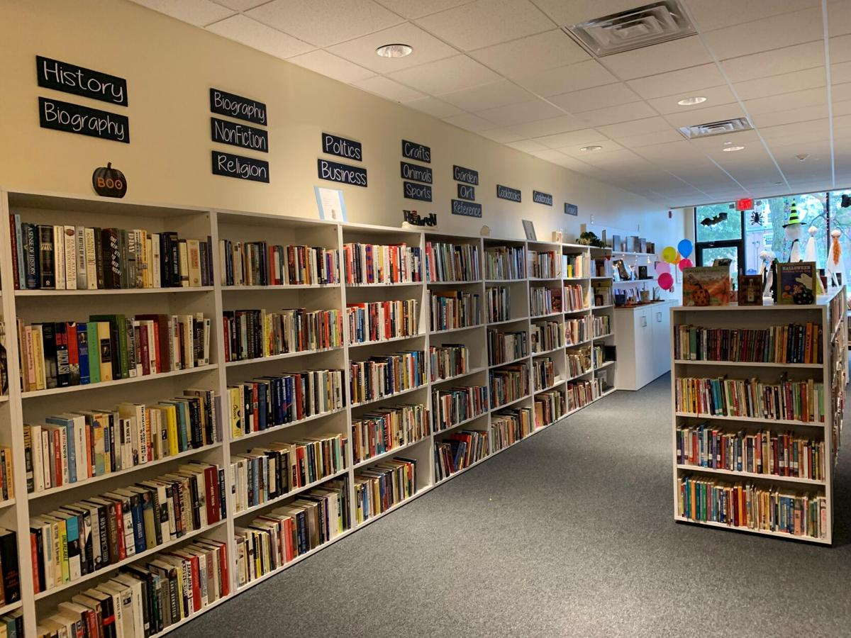 Used bookstore, staffed by students, opens in West Hartford