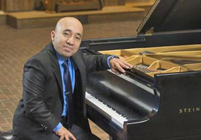 Musical Club hosts piano concrt at Hartt School in West Hartford