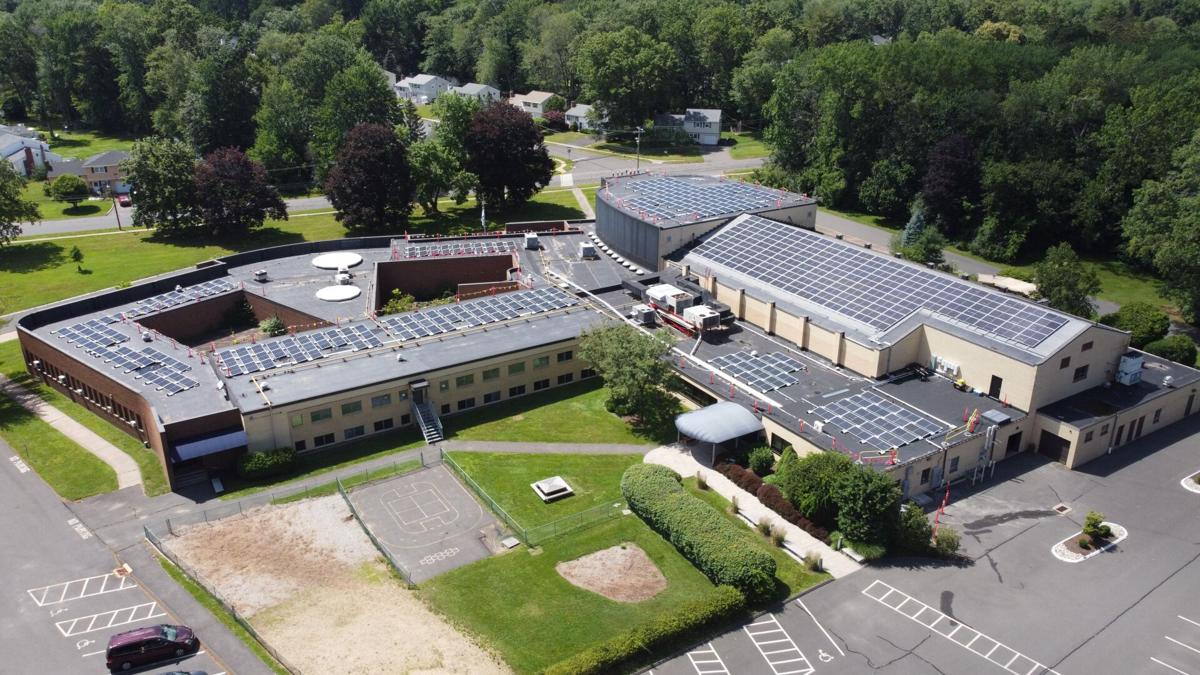 West Hartford synagogue among first in area to go solar