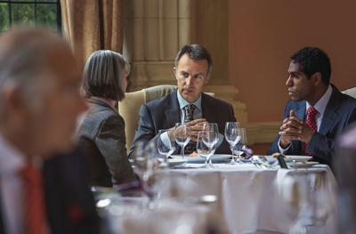 4 factors to consider when choosing a business dinner venue